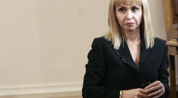 Правосъдната Ковачева: Докладът не е шамар!