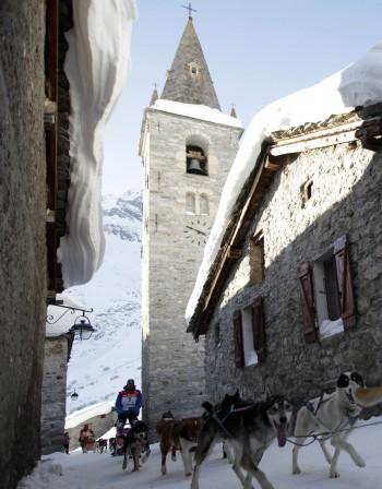 Предлагат цели села под наем в Алпите