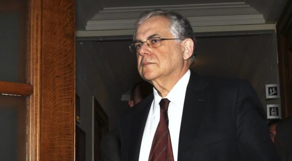 Гръцкият кабинет одобри новото споразумение с ЕС и МВФ