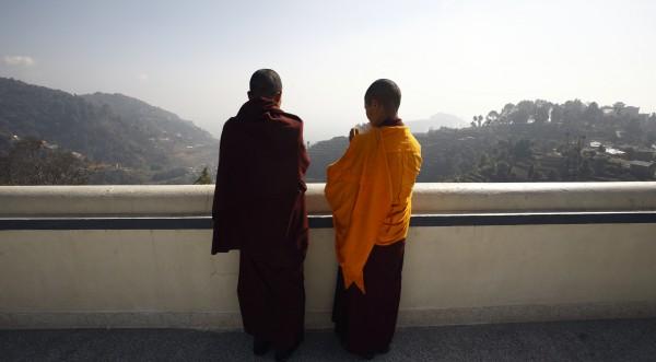 18-годишен тибетски монах се самозапали