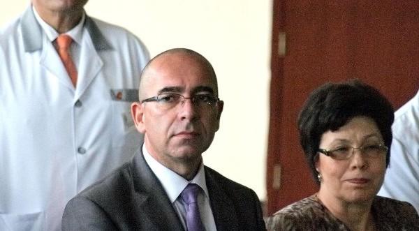 Пълна прозрачност за лекарствата иска здравният министър