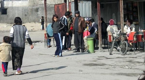 Скъпи коли и лукс имоти – резултатът от интеграцията на ромите