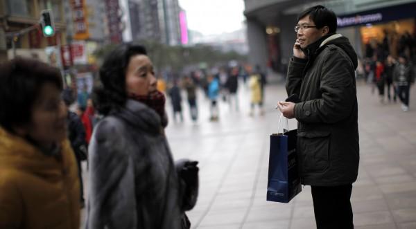 1 млрд. китайци ще имат мобилен телефони до април