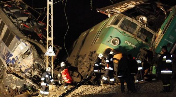 Обвиняват стрелочник за влаковата катастрофа в Полша