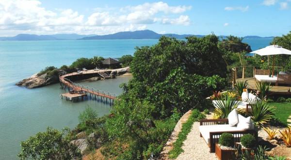 Незаконни богаташки палати в бразилската джунгла