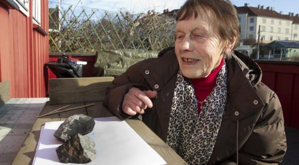 Парче метеорит падна в центъра на Осло