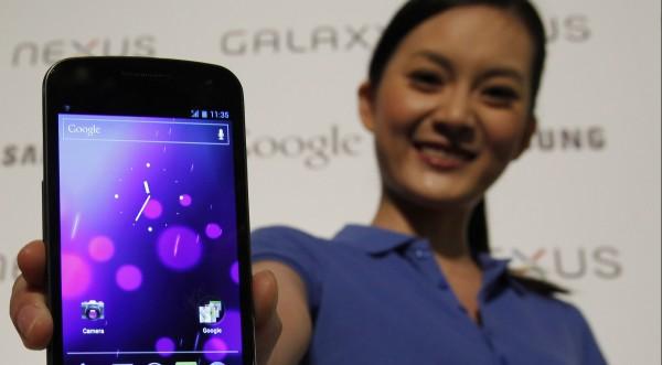 Apple няма да измести скоро Samsung на китайския пазар