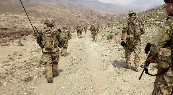 Американският войник, убил 16 цивилни в Афганистан, прехвърлен в Кувейт