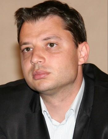 Делян Добрев – един министър на 33 години