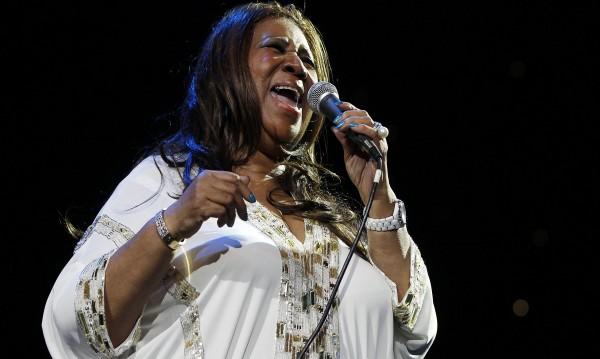 Арета Франклин не се спира и на 70, готви нов албум