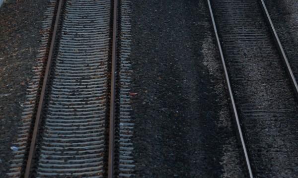 4 души загинаха при сблъсък на влак с кола в Гърция