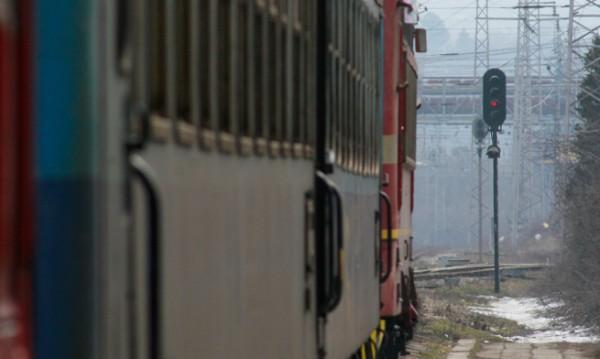 БДЖ с допълнителни места във влаковете за почивката около 1 май