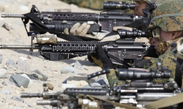 Уволниха морски пехотинец за критики към Обама