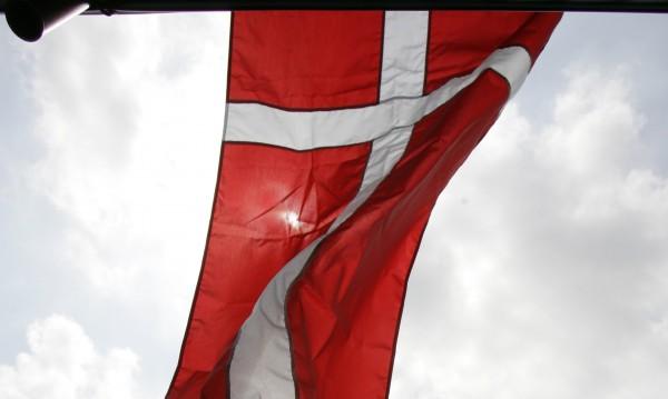 Дания отваря посолство на колела