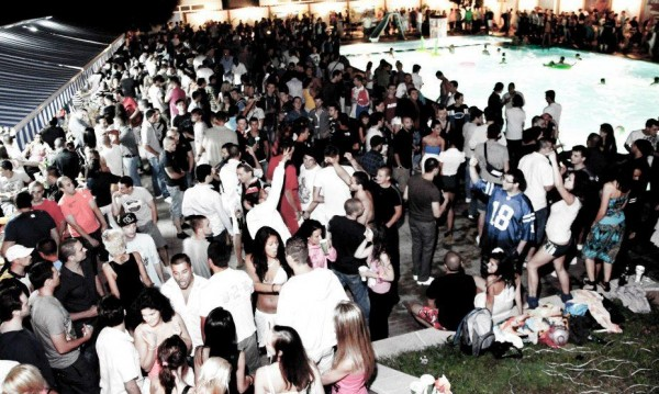 Sofia Summer Festival отново на басейн