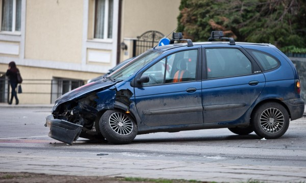 25 души ранени при катастрофи за денонощие