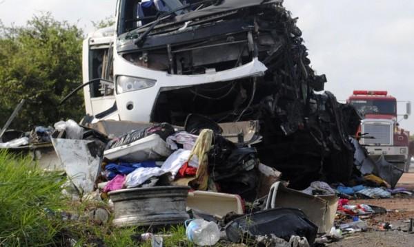 15 жертви след тежка катастрофа в Казахстан
