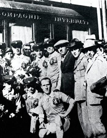 Крум Лекарски пада от коня на Олимпиадата в Амстердам през 1928