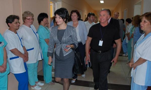 Атанасова готви промени във фонда за трансплантации