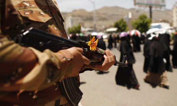 Раниха наш дипломат при екшън в Йемен