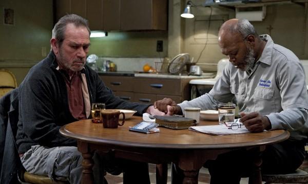 Томи Лий Джоунс и Самюъл Джексън правят театър в телевизията
