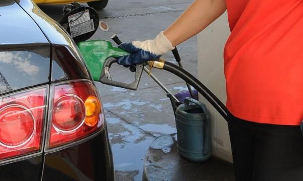 Сместа от бензин и етанол уврежда двигателя