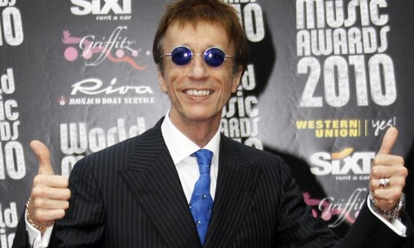 Почина вокалистът на Bee Gees Робин Гиб