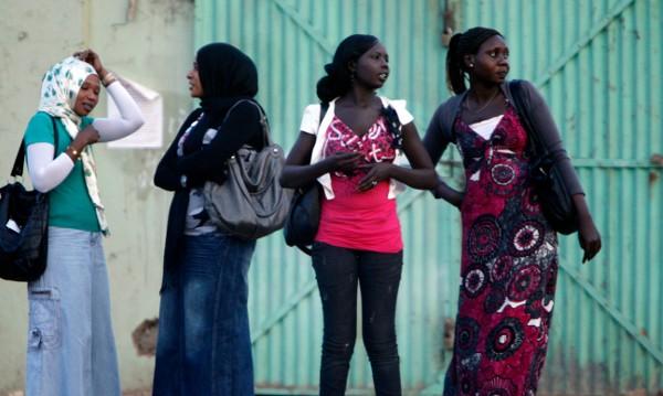 Линчуват с камъни прелюбодейка в Судан