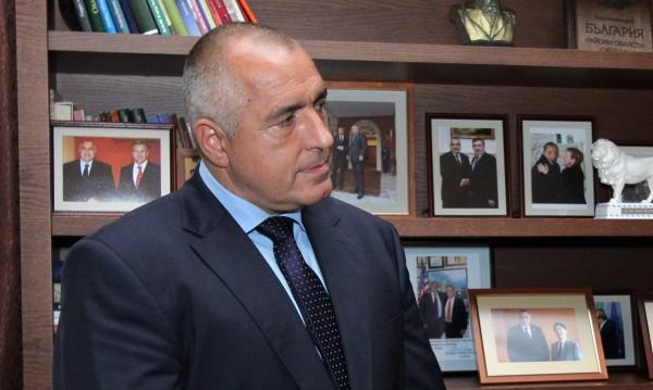 Борисов в разговор с Галеви, но през медиите