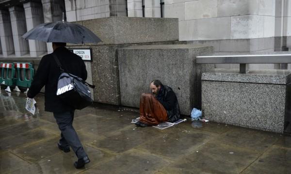 Бездомници атакуват празни луксозни жилища в Лондон