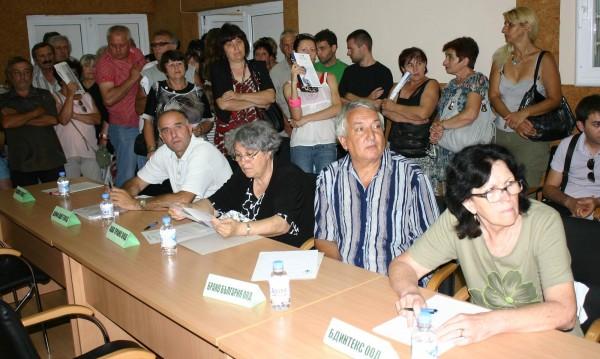 Хиляди хора може да останат без работа, прогнозира Иван Нейков