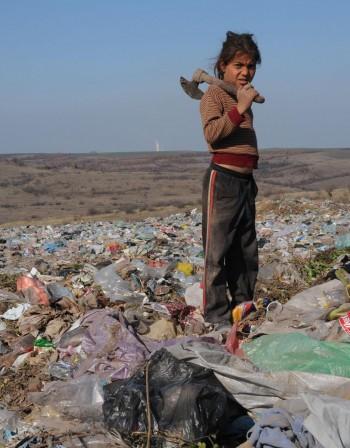 Неграмотните по света 775 милиона души