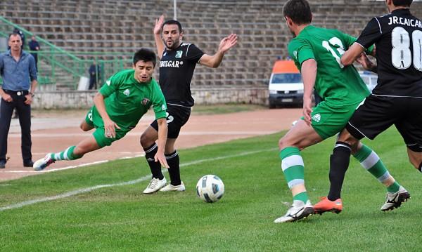 Лудогорец загуби точки във Враца