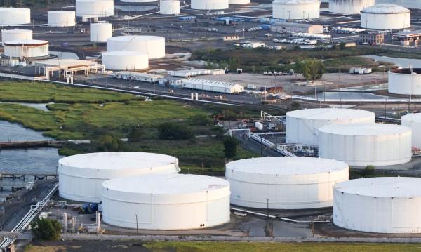 Над 1 млн. литра дизелово гориво се разляха край Ню Йорк