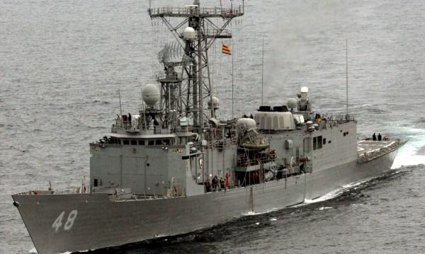US военни моряци си спретнали запой по руски