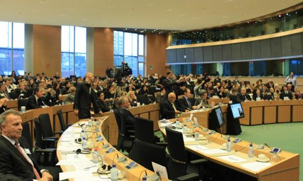 Социалните проблеми на българите в чужбина обсъждат на конференция