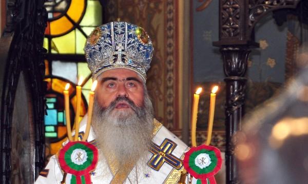 Светият синод призова отцепниците да се върнат в лоното на църквата