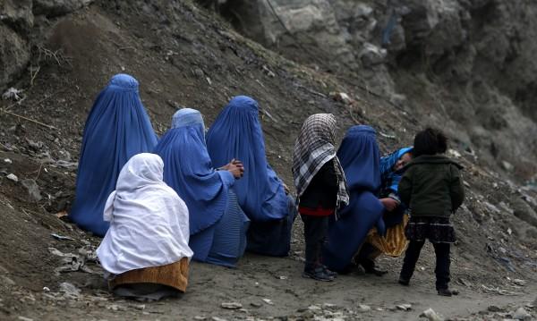 Самоубийството на децата булки в Афганистан