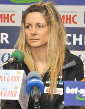 Сани Жекова мина квалификациите на световното по сноуборд