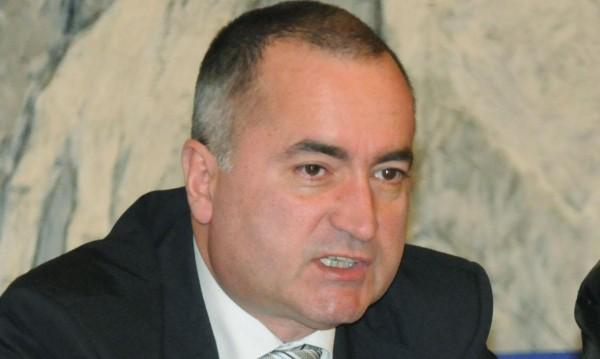 Асен Василев взе главата на шефа на туризма