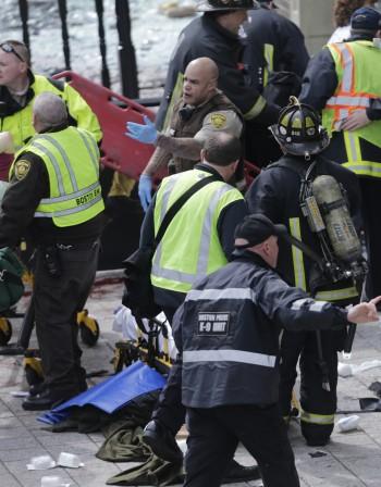 Взривове окървавиха Бостънския маратон
