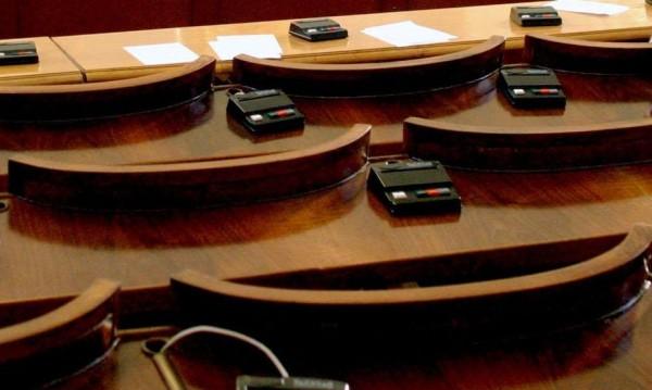 Наесен с песен - парламентарната сесия чука на вратата