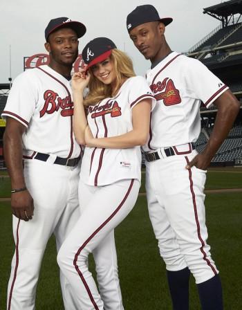 Кейт се вкара в бейзболна тройка