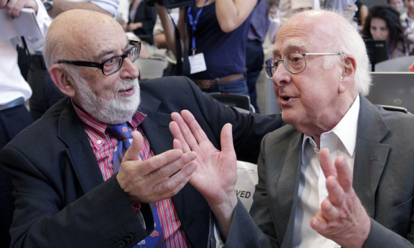 Нобеловата награда за физика отиде у Питър Хигс и Франсоа Енглер