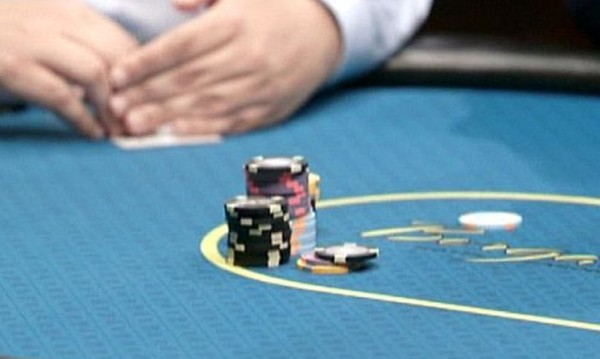 Как да играем покер като Дейвид Айнхорн?