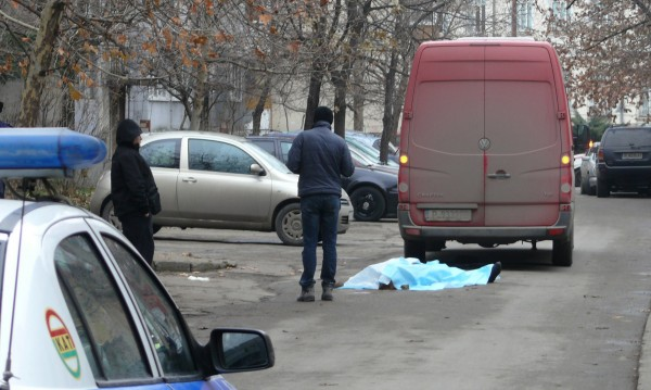 Микробус уби на място възрастна жена в Русе