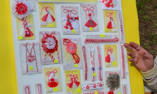 Свършиха местата за продажба на мартеници в Дупница