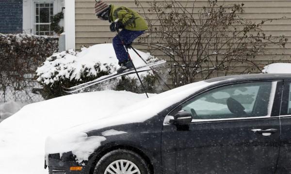 Снежните бури в САЩ взеха жертва