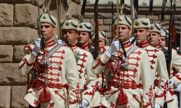 Честваме 136 години от Освобождението на София