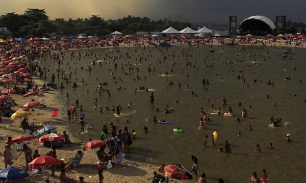 Гореща вълна заля Рио де Жанейро